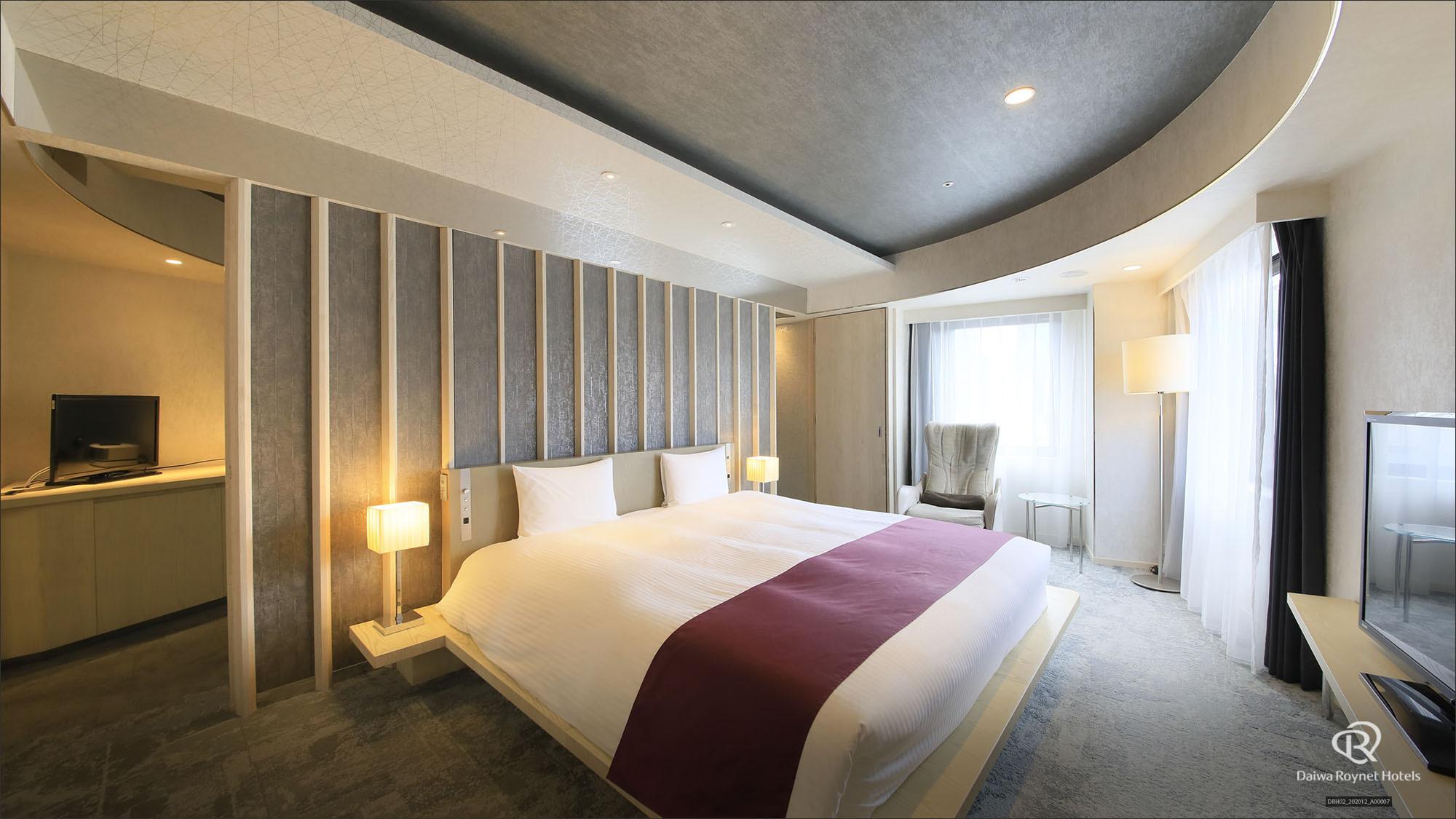 ◆ジュニアスイートダブル(56m2・ベッド198x205)