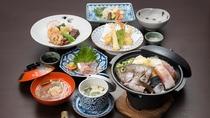 *【ご夕食】地元の名物料理「へかやき」をメインとした『創作いなか料理』の一例です。