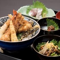 *【ご夕食】石州穴子を使用した天ぷらはご当地グルメとしても有名です。