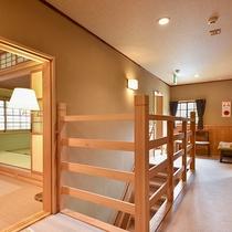 *【和洋室スイート/2階】廊下を挟んだ共用部分もまとめて一室としてお使いいただきます。