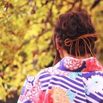 紅葉の季節は、着物姿が相性ばっちり!ノスタルジックな場所でフォトジェニックな写真が撮れますよ!