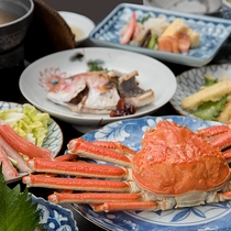 *【ご夕食】贅沢なカニ尽くしにした「蟹三昧」コースを是非一度ご賞味くださいませ。