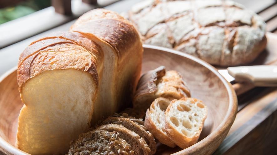 *【ご朝食】おいしいドイツパンで一日の元気をしっかりチャージして、存分に観光をお楽しみください。