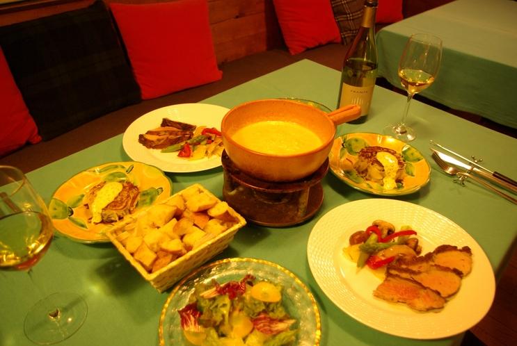 洋食ディナー ※季節によって一部メニューの内容が異なる場合がございます。