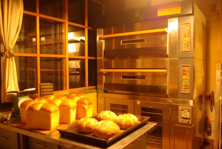 パン工房内