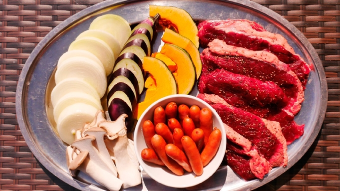 【プレオープン記念◆一泊夕食BBQ特別価格】キャンピングカーやトレーラーに宿泊<ドライブ旅行に最適>
