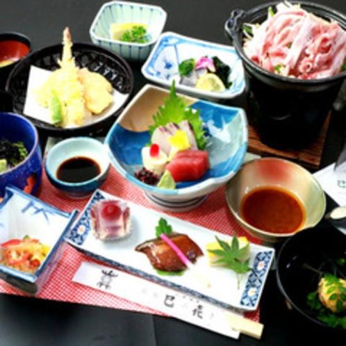 【-TSUBOMI-】旬の素材を贅沢に使用した会席料理。山鹿の四季を演出します。