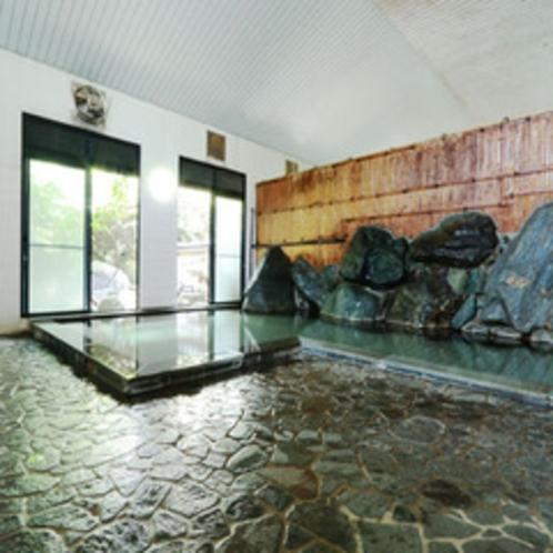 アルカリ性の単純温泉で、湯上りは化粧水に入ったかのようにしっとり。