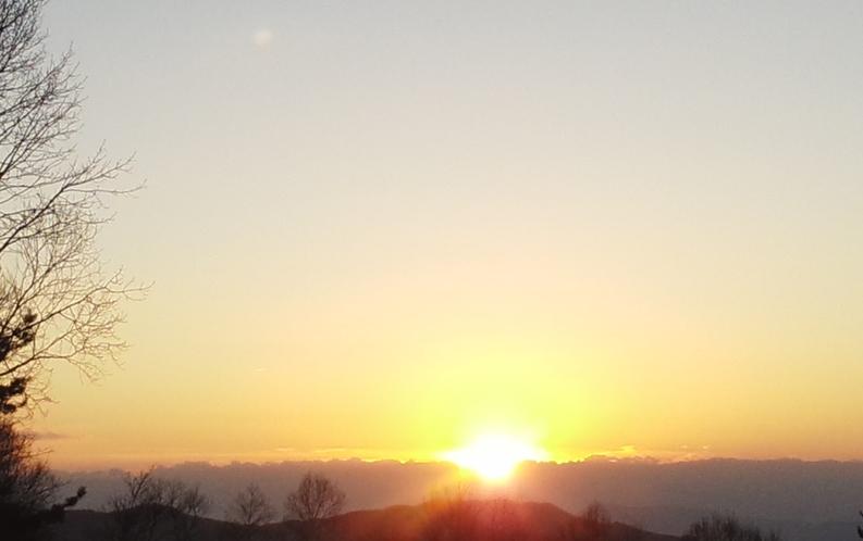 北アルプスに沈む夕日