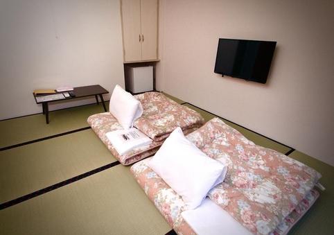 2人部屋 スタンダード 1階 シャワー・トイレ付
