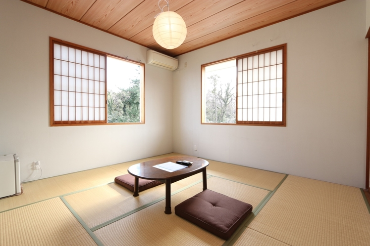 【モダンな雰囲気の2F和室】白和室
