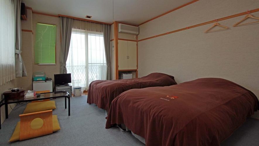 【FOX ONE】客室は全室レイクビュー!広々としたお部屋でゆっくり過ごしください♪