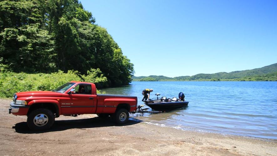 【釣り】バスフィッシングのメッカといわれている桧原湖で釣りを楽しもう!
