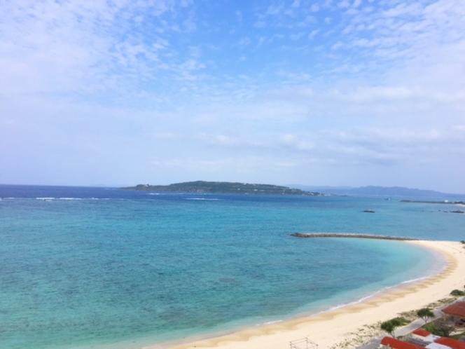 今帰仁村(なきじんそん)のビーチ1