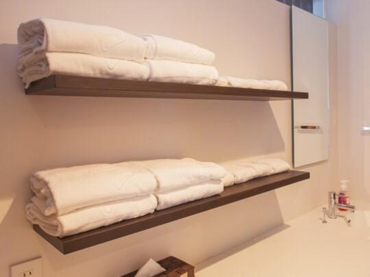 【ドレスルーム】バスタオル、タオルなどのアメニティをご用意