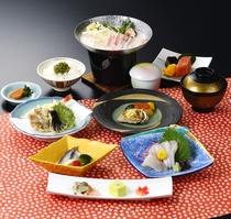 会席料理に洋食をとりいれた<雲海コース一例>