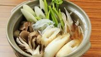 秋田名物≪きりたんぽ鍋≫