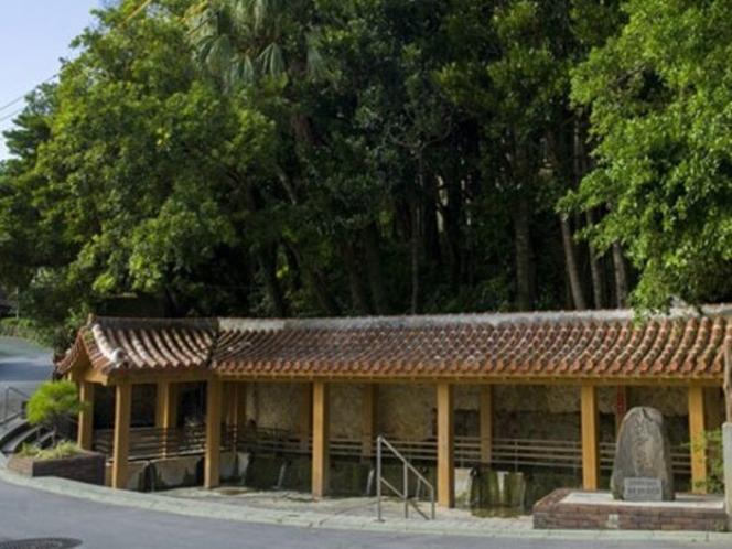【周辺情報】金武大川 県下有数の湧泉で長寿の泉と呼ばれます