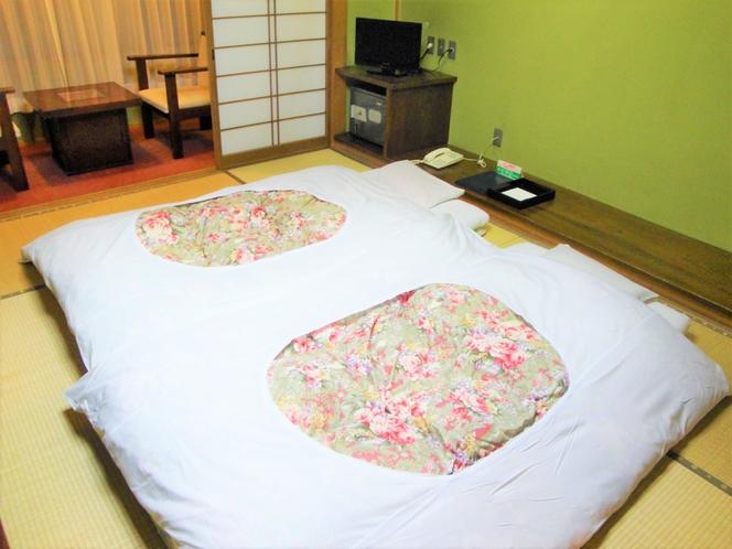 【客室一例】夕食後お布団をご用意いたします
