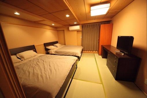 畳の4人の部屋