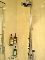 客室シャワー