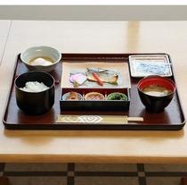 朝定食(お食事例)
