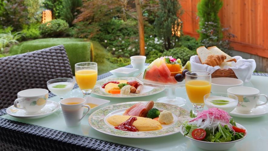 朝食:ルームサービス一例(洋食)