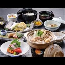 【櫻島鶏のつみれ鍋】柔らかくジューシーな地の鳥を使った贅沢鍋!