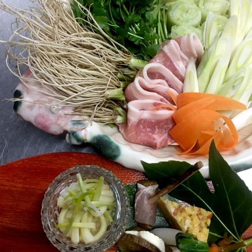 【お食事】《ご夕食》冬の味覚「せり鍋」プラン♪綺麗な水で育った特産のせりを使用した限定料理
