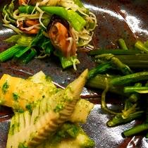 *【料理一例】季節に合わせた、旬の野菜や山菜を味わえます。