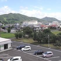 *【客室からの眺め】宿毛駅から少し離れた静かな場所です