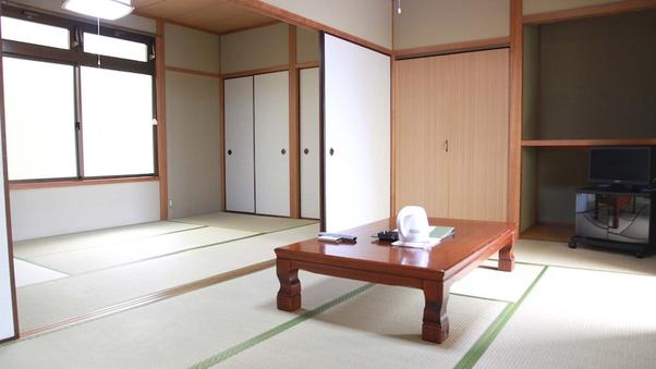 【喫煙】2間続きの離れ和室(バス・トイレ付き)
