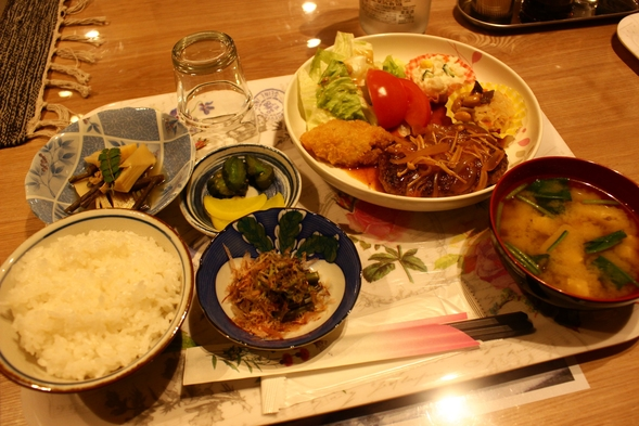 格安宿泊プラン☆夕食は好評のお母さんおまかせ定食☆ドミトリーは2〜8名様のご予約です【あいたい兵庫】