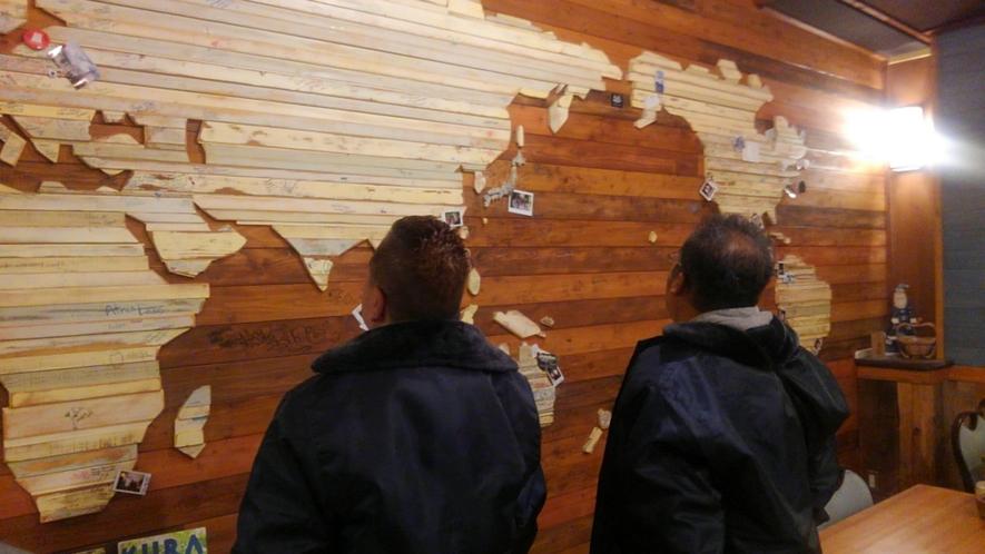 館内の世界地図