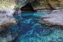 【青の洞窟】