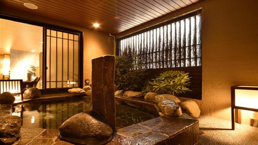 【幸鐘の湯】営業時間15:00~翌朝10:00 女性大浴場 露天風呂(湯温42℃~43℃)