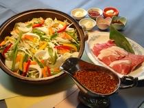 信州ポークのプルコギ鍋メインの中華、〆はチャーハンで