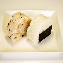 *【朝食一例】米どころ地元登米市産のお米を使ったおにぎり。