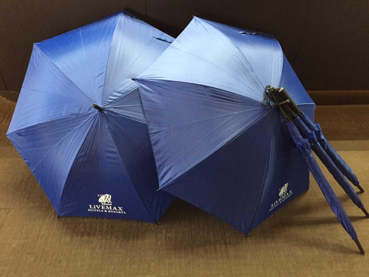 貸し出し用オリジナルロゴ入り傘☆