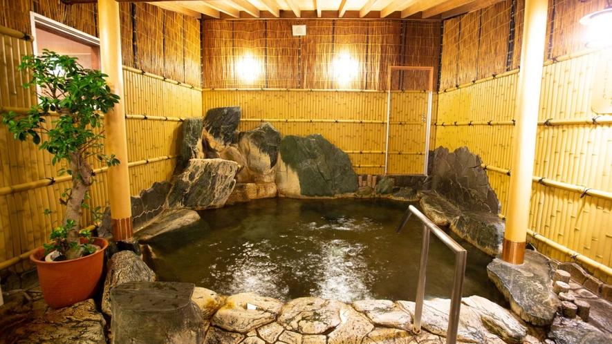 ・【いやしの本館】露天風呂(一例)