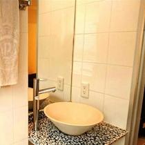 ダブルルーム洗面台