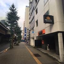 ホテル前昭和通り