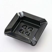 灰皿(喫煙用の客室に設置)