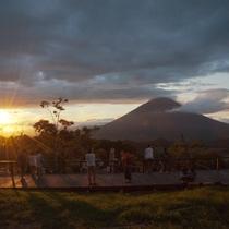 羊蹄パノラマテラス(夕陽)