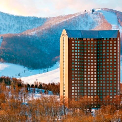 冬の外観: The Westin Rusutsu Resort