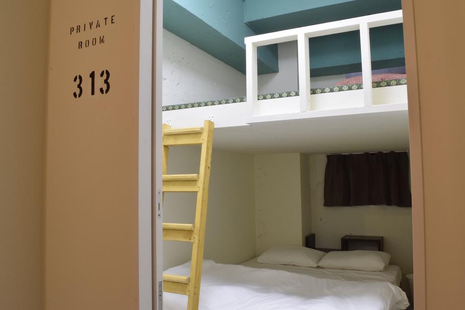 個室Wルーム(畳ロフト付き)