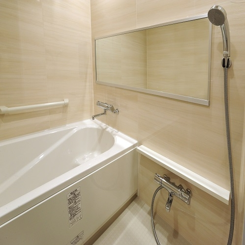 バスルーム 洗い場付のゆったりくつろげるバスルームです