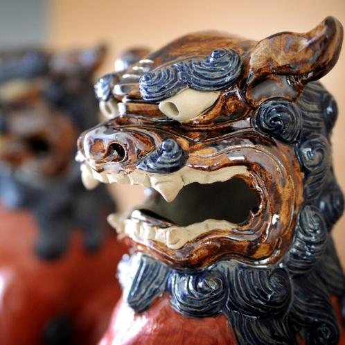 沖縄の守り神「シーサー」がお出迎え♪