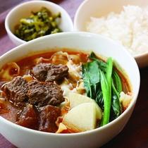 【レストラン】メニュー一例:牛肉麺