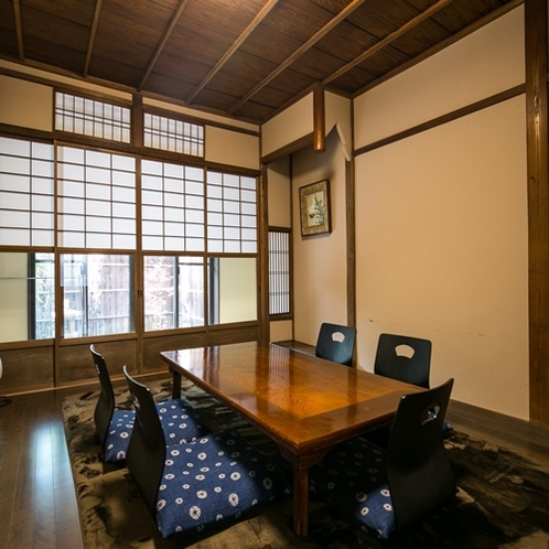 【上七軒-奥】客室一例
